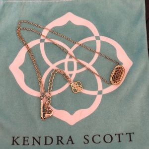 Short Gold Kendra Scott Necklace